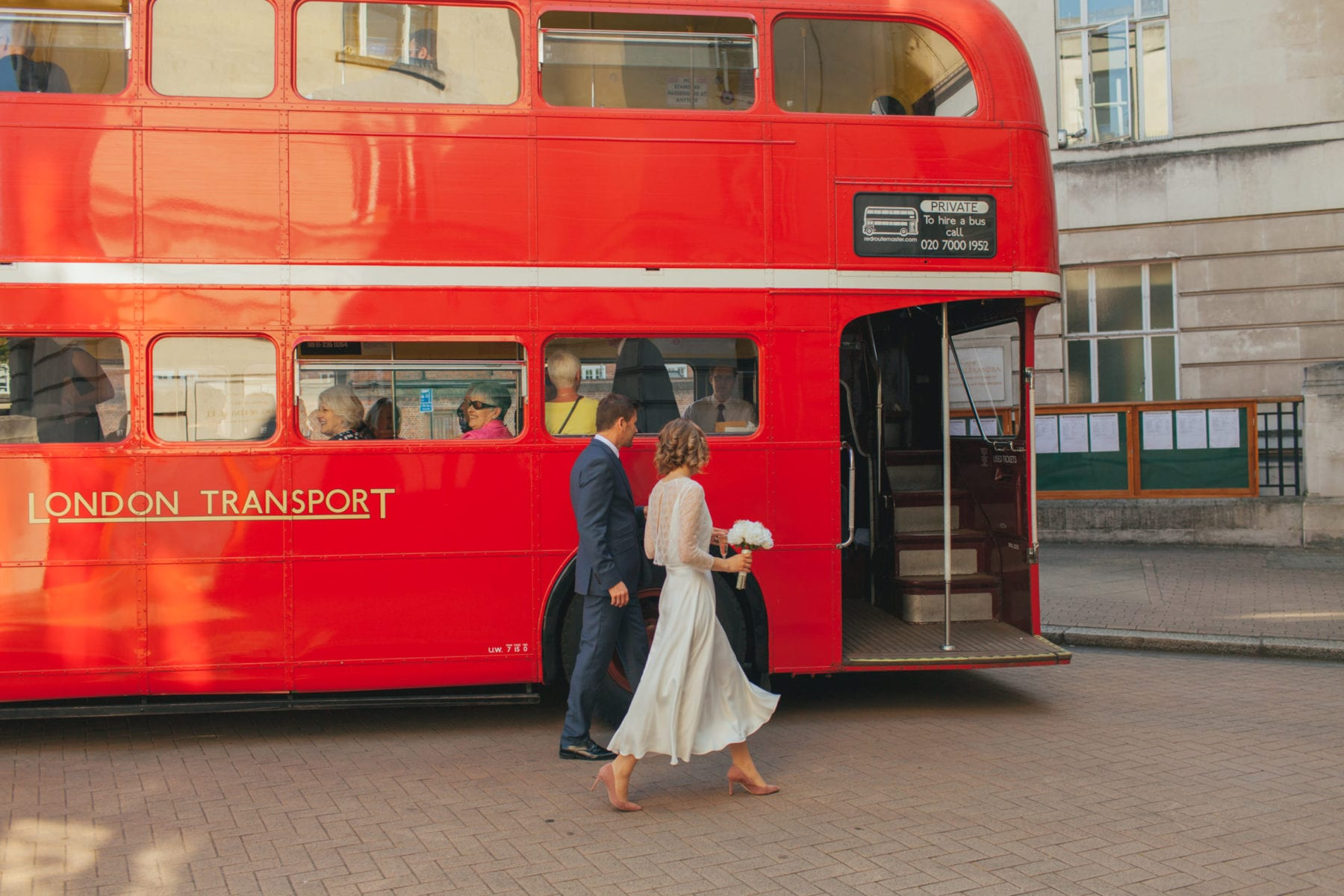 Wandsworth Town Hall wedding + Oyster Shed reception